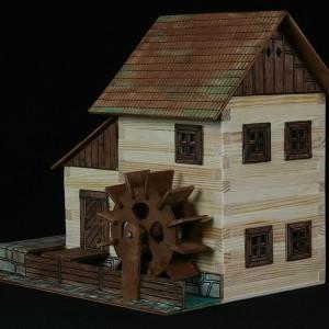 maqueta de madera para construir molino de agua-0